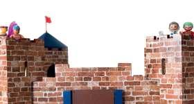 Verscholen achter dikke muren